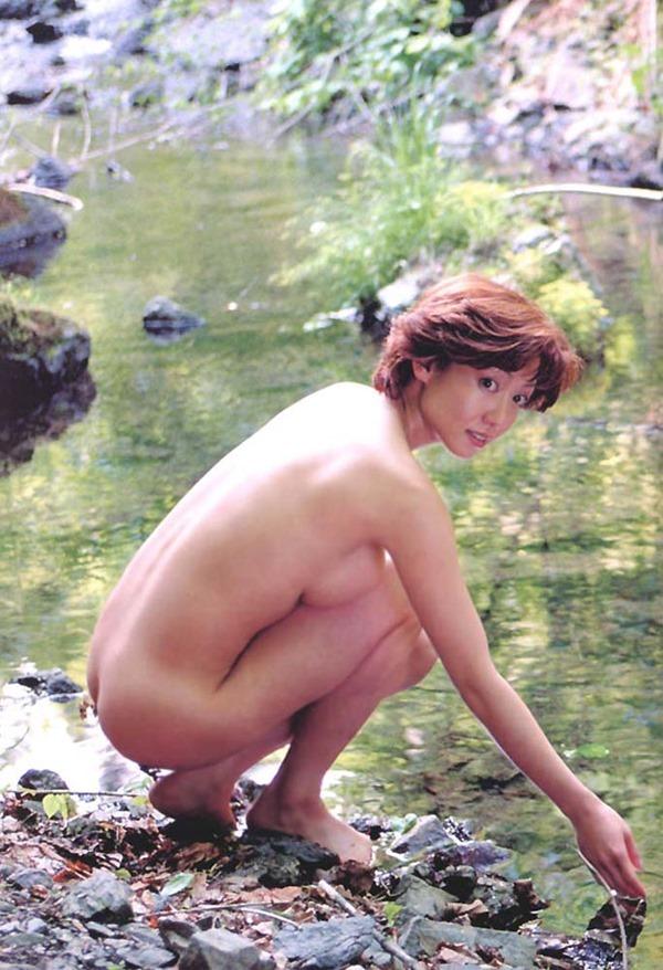 細川ふみえの乳首見え巨乳おっぱいヘアヌード画像12