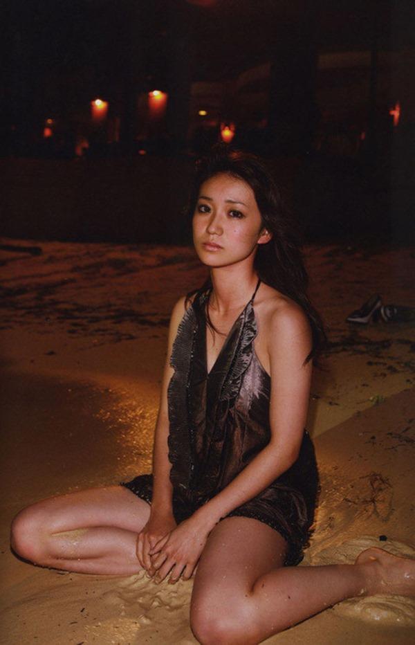 大島優子のむっちむちなエロボディ画像12