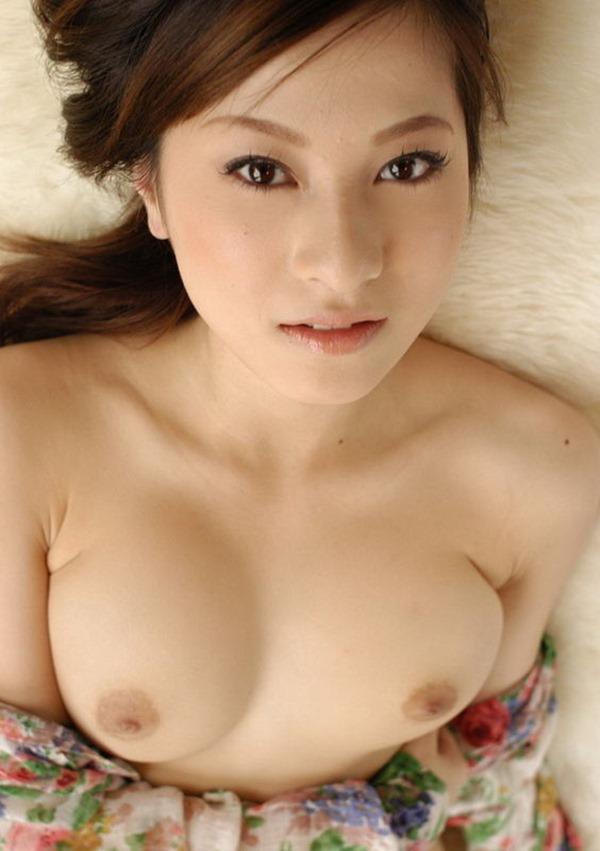 上原綾ヌードモデル画像13