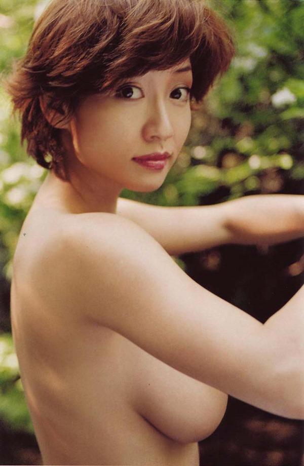 細川ふみえの乳首見え巨乳おっぱいヘアヌード画像13