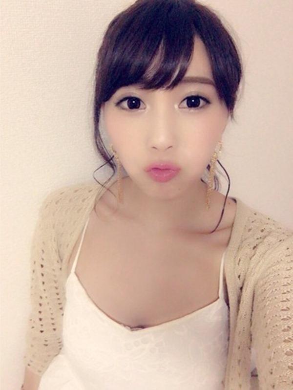 森咲智美の自撮り巨乳おっぱいグラビア画像13