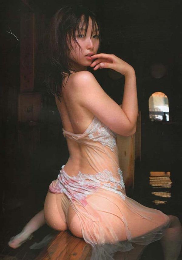 吉木りさ乳首ヌード画像14