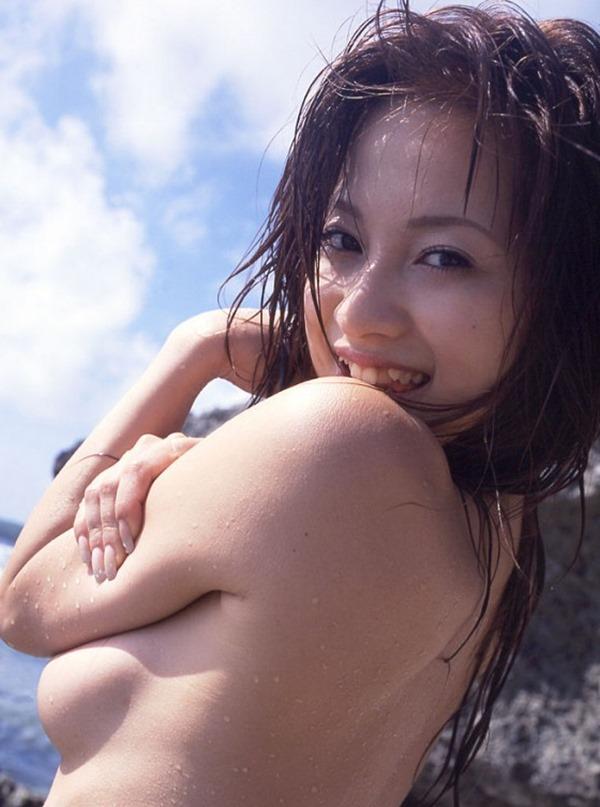 上原綾ヌードモデル画像14