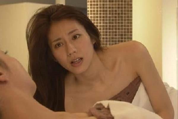 松下奈緒の全裸入浴ヌード画像14