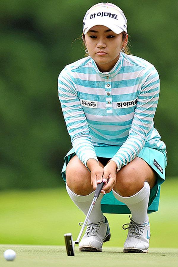 女子ゴルファー韓国イ・ボミ選手15
