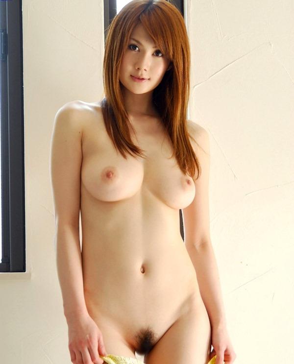 桐原エリカのスレンダーぽよよん巨乳おっぱい画像15