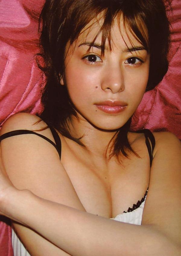 さとう珠緒の乳首ヘアヌード巨乳画像15