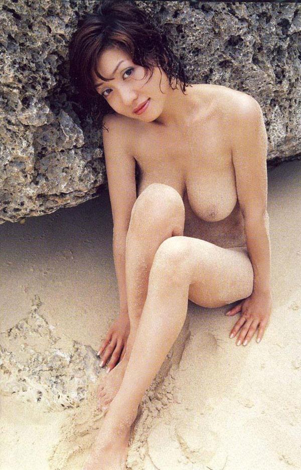 細川ふみえの乳首見え巨乳おっぱいヘアヌード画像16