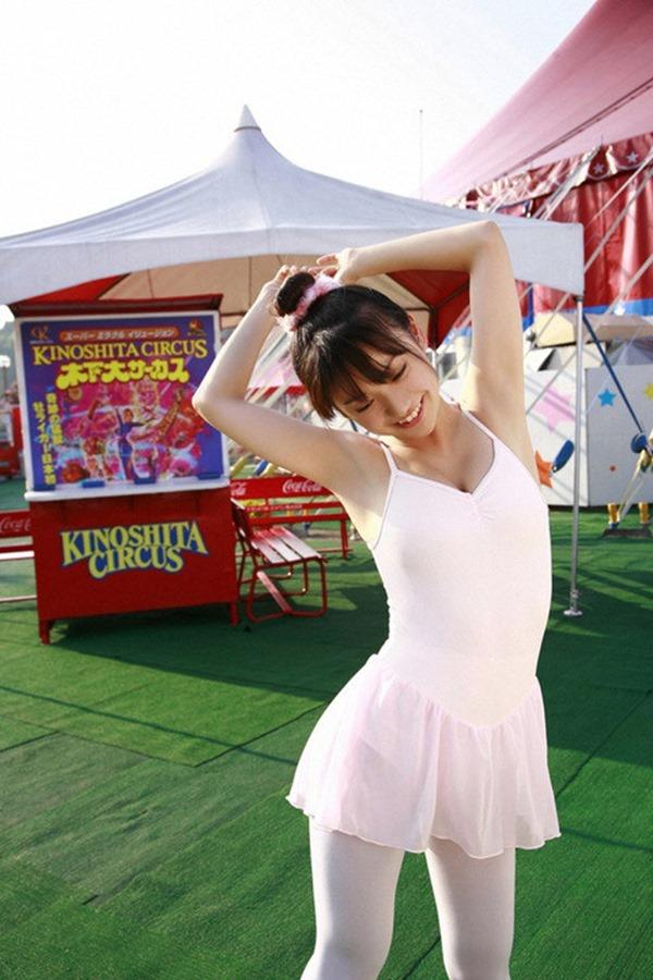 大島優子のむっちむちなエロボディ画像16