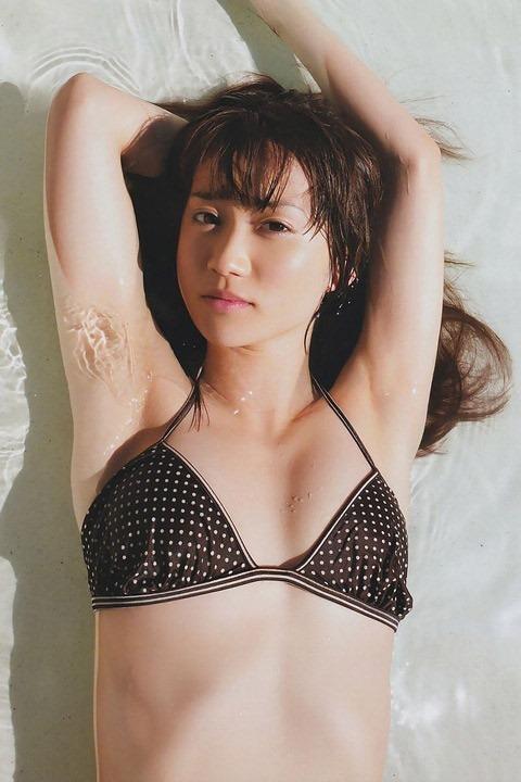 (大島優子のえろ乳むっちむちえろ体写真)~映画『疾風ロンド』出演☆