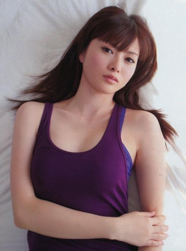 乃木坂の白石麻衣ちゃん乳首17