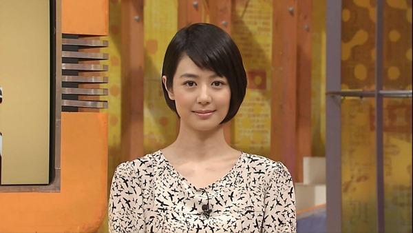 夏目三久アナの乳首見えパンチラ画像17