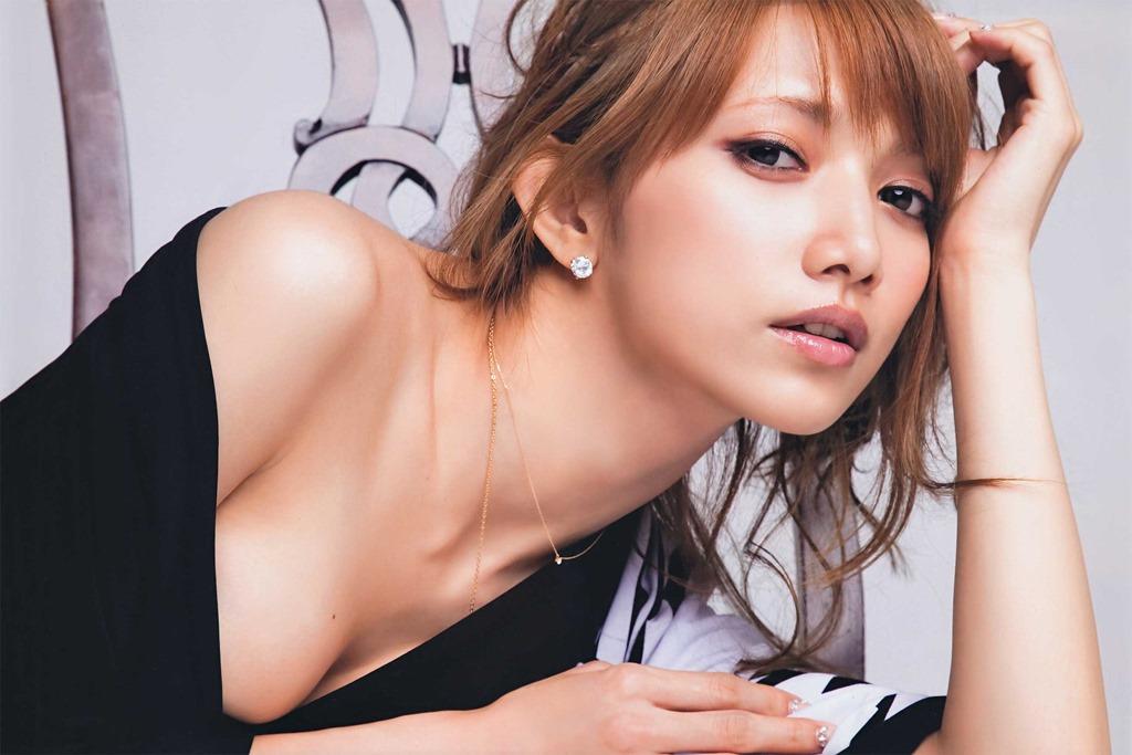 (後藤真希の手ブラ美巨乳お乳セミぬーど写真)元ハロー☆プロ&モーニング小娘。☆