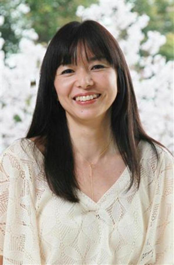 山口智子の乳首ヌード画像18