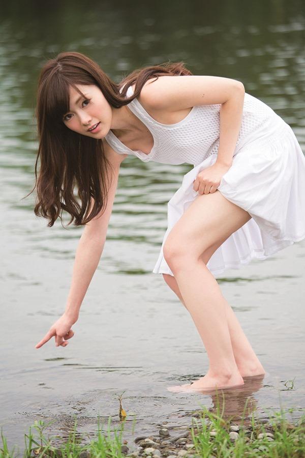 乃木坂の白石麻衣ちゃん乳首19