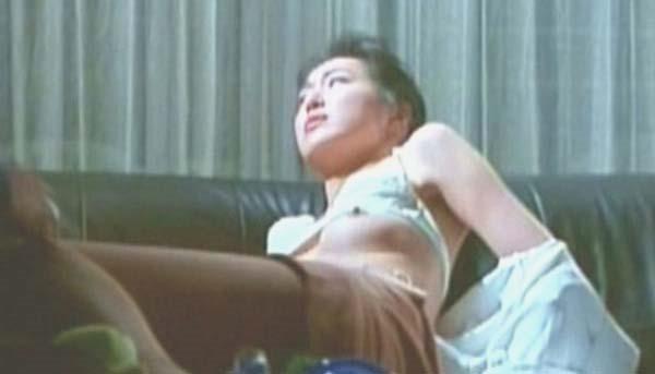 高島礼子の濡れ場ハミ乳首おっぱいヌード画像1