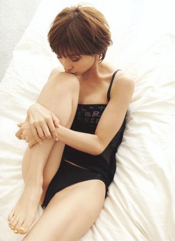 篠田麻里子20