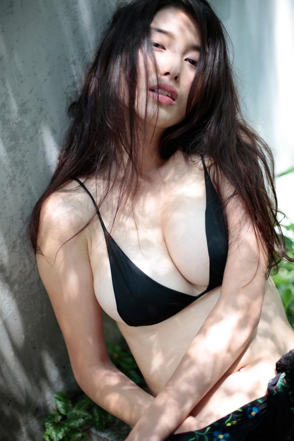 橋本マナミのフェラ顔20