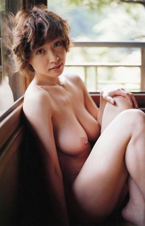 細川ふみえの乳首見え巨乳おっぱいヘアヌード画像20