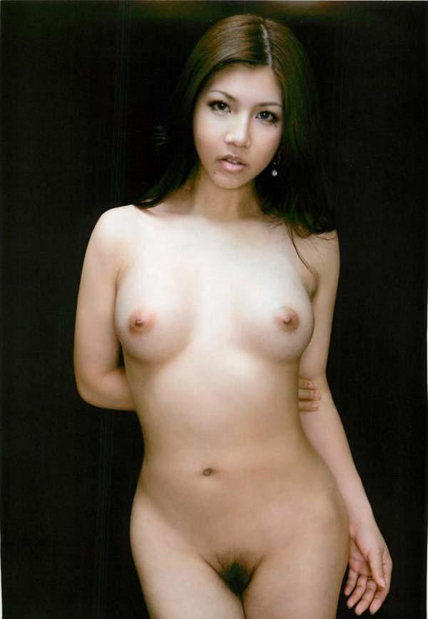 今井メロのヘアヌード画像22
