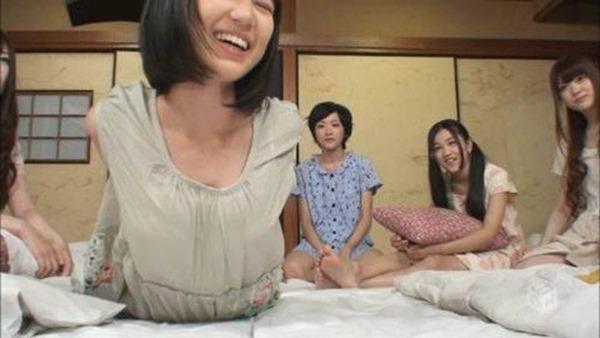 乃木坂の白石麻衣ちゃん乳首2