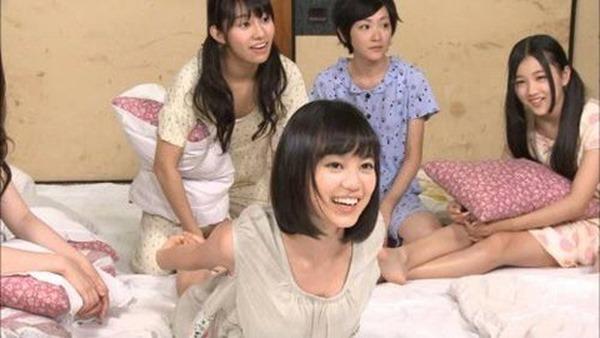 乃木坂の白石麻衣ちゃん乳首3