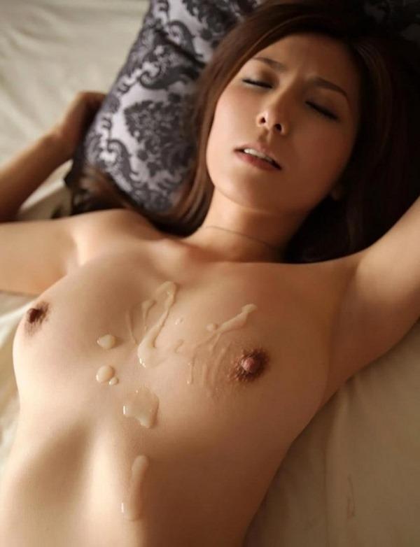 乳に精子ぶっかけまくり3
