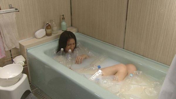 松下奈緒の全裸入浴ヌード画像3