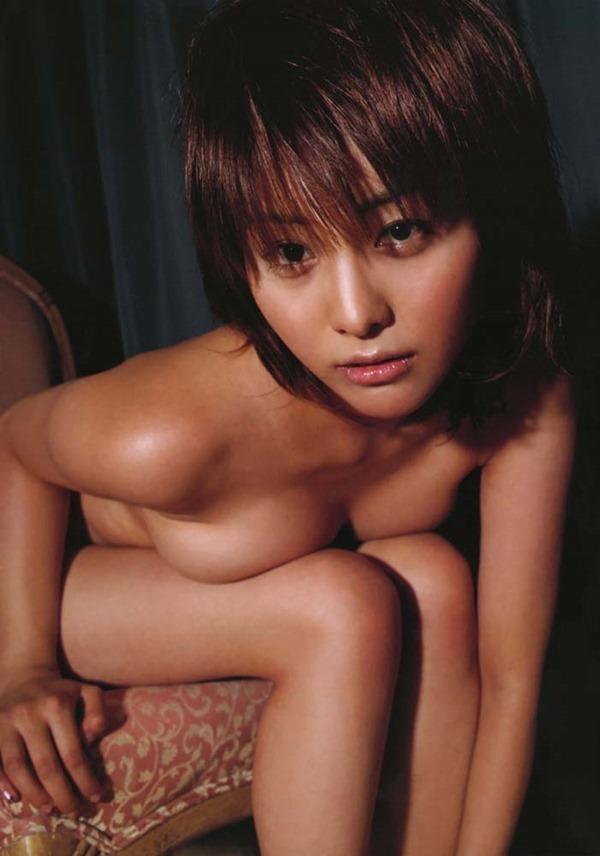 熊切あさ美の全裸ヌード画像3