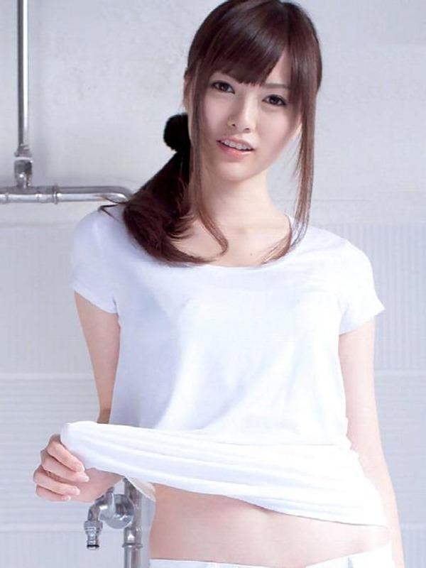 乃木坂46白石麻衣セクシー系下着を購入エロキャプ画像17