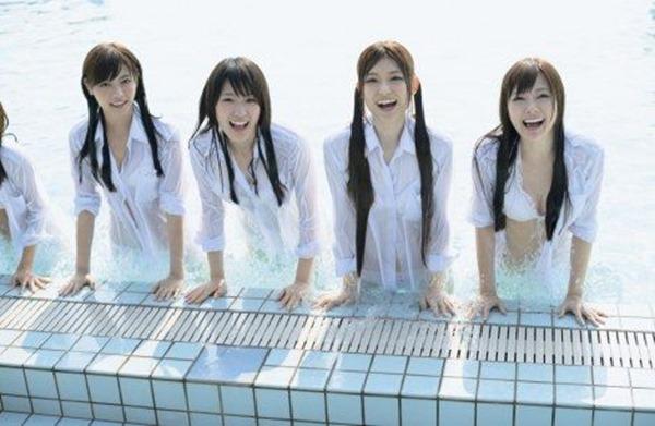 乃木坂46メンバーの普段見れない水着画像17