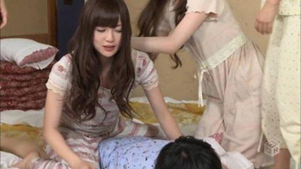乃木坂の白石麻衣ちゃん乳首4