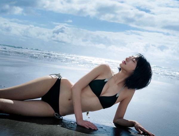 武田玲奈の半端なく可愛いグラビア水着画像4