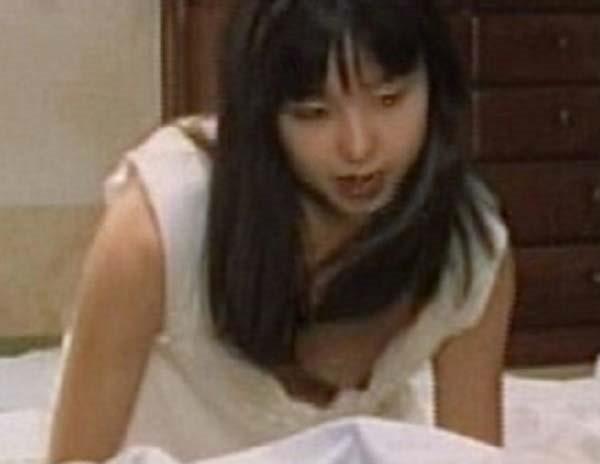 山口智子の乳首ヌード画像5