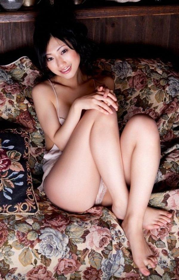 壇蜜のフェロモン漂うグラビア巨乳画像5