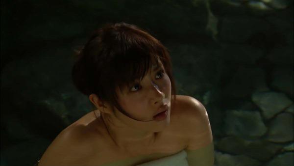 石原さとみ入浴シーンの裸画像6