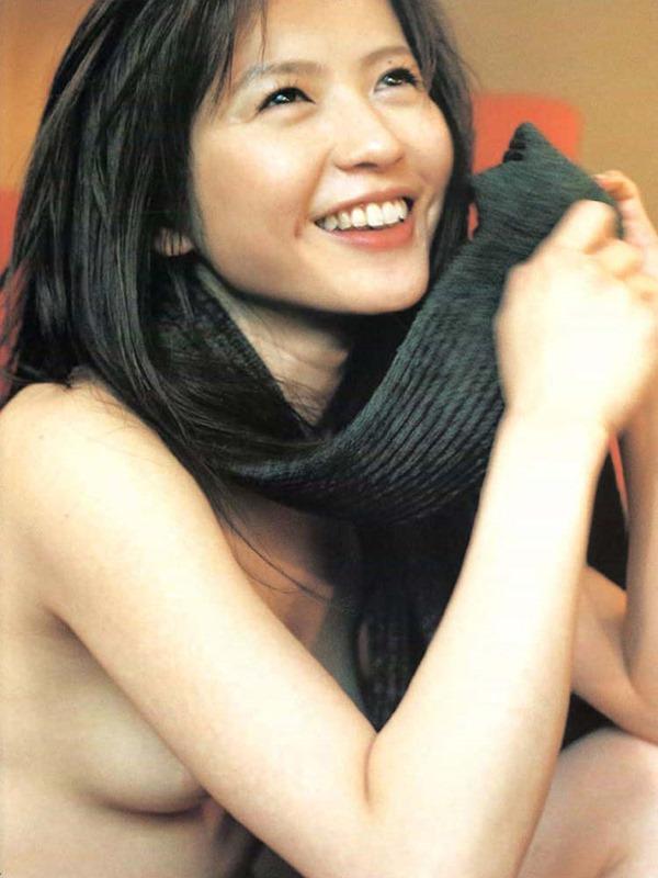 三浦理恵子の乳首見えヌード画像6