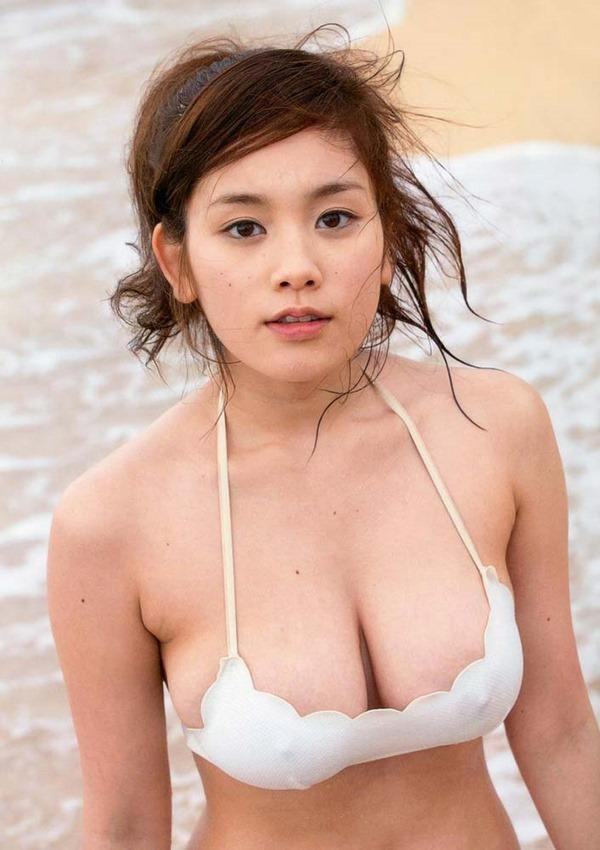 筧美和子の横乳セミヌード乳首ボッチ画像7