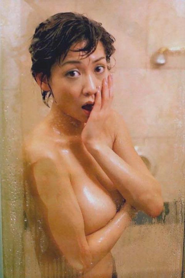細川ふみえの乳首見え巨乳おっぱいヘアヌード画像7