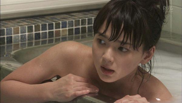 多部未華子の入浴シーンお色気エロキャプ画像7