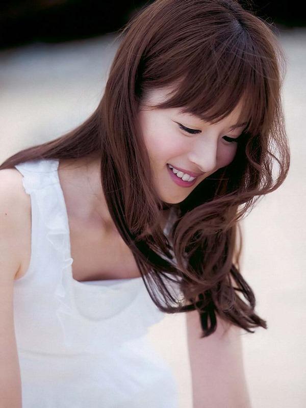皆藤愛子のパンチラ画像8