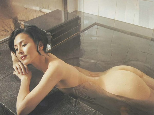 杉本彩のヘアヌード巨乳おっぱい画像8