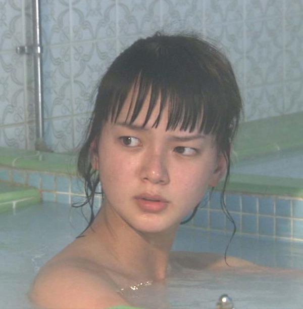多部未華子の入浴シーンお色気エロキャプ画像8