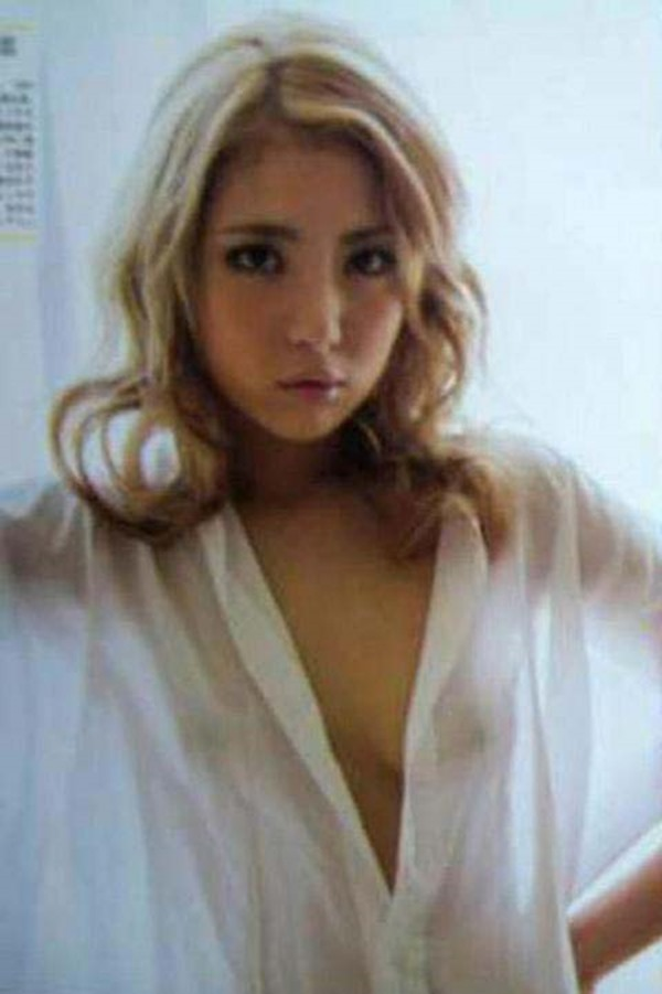 石川恋が温泉で全裸入浴画像9