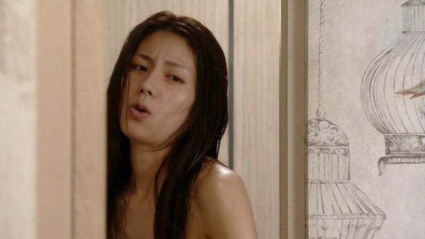 松下奈緒の全裸入浴ヌード画像9