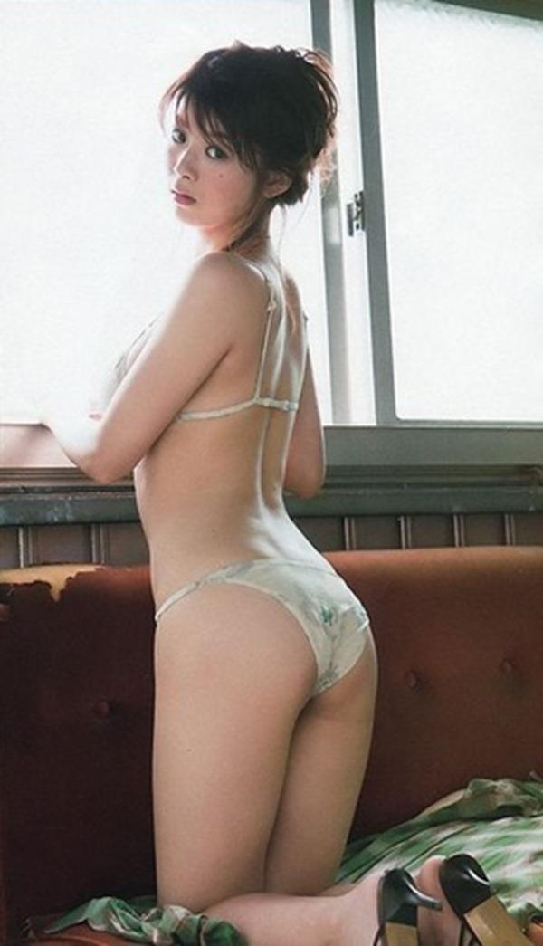 馬場ふみかの巨乳おっぱいグラビア水着画像9