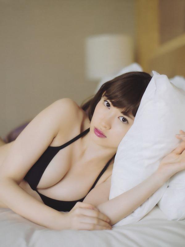 AKB48小嶋陽菜の興奮グラビア画像3