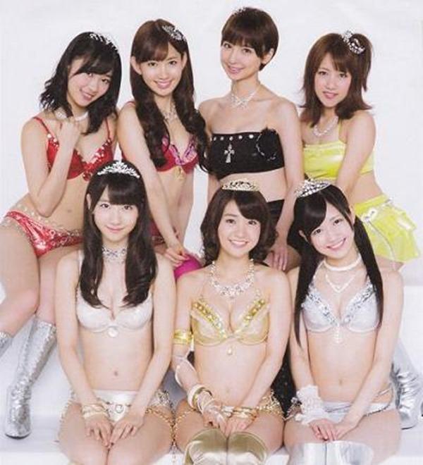 AKB48メンバーのパンチラエロGIF画像15