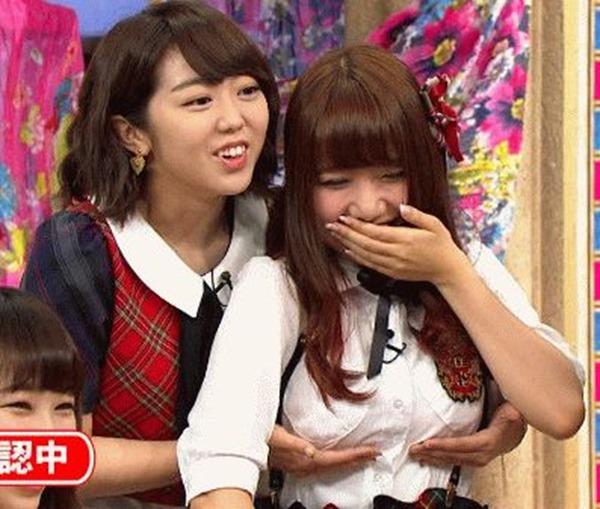 AKB48メンバーのパンチラエロGIF画像5