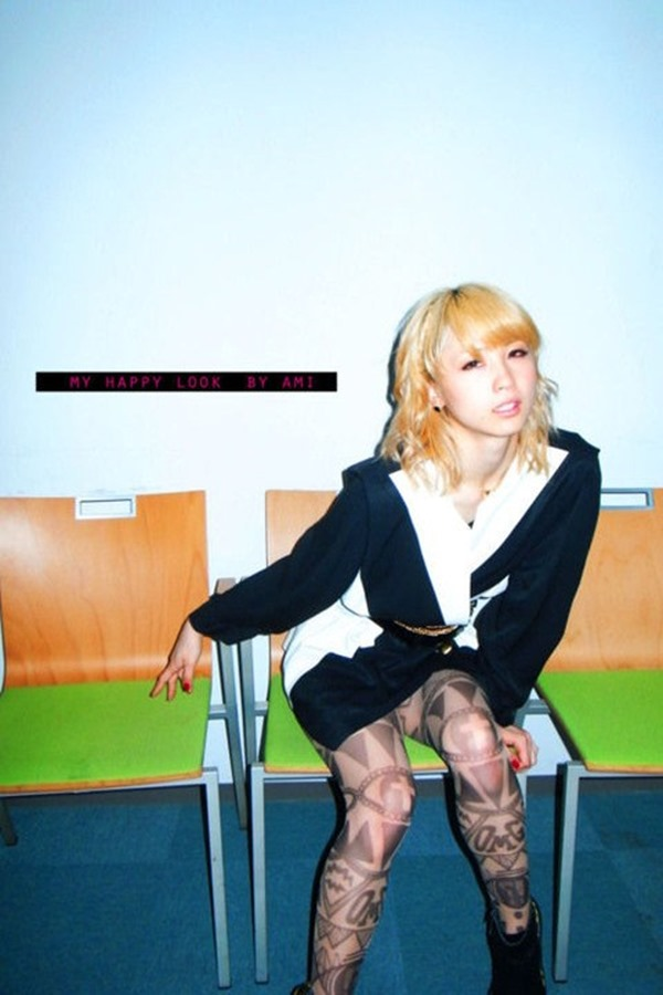 E-girls Ami(アミ)のパンチラ9